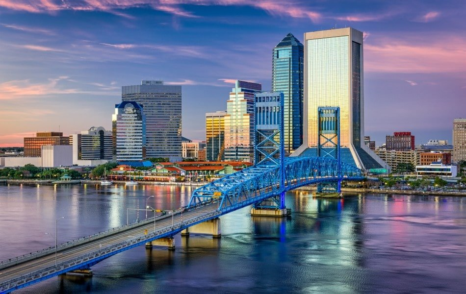 Jacksonville skyline in the early evening
